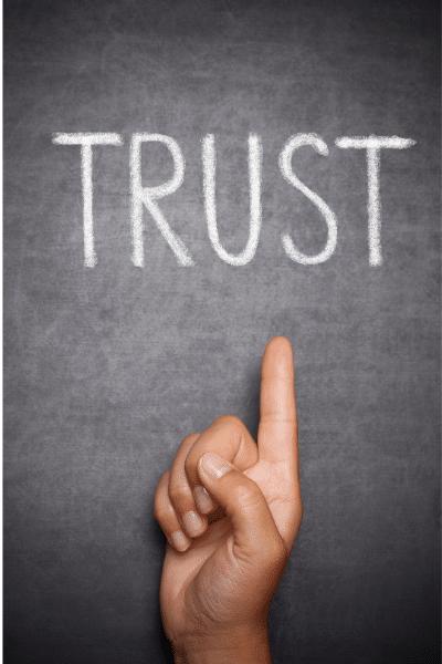 budowanie zaufania w zespole